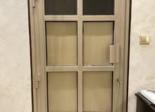 باب ألمنيوم للبيع مع نوافذ زجاج