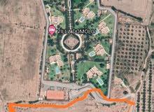 ارض في مراكش  صالحة لبناء قصر او ڤيلات