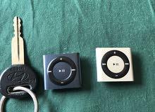 ipod حبتين  شبة وكالة من ايفون مع شاحنهم للموسيقى  صوت عالي جدا ومميزة