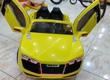 سيارة أطفال أودى