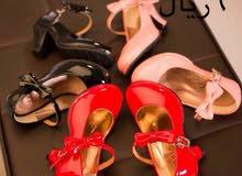 أحذية اطفال متوفرة