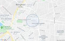 عمارة خمس طوابق بها محلين للبيع في شارع بيروت