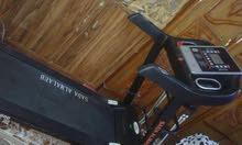 آلة جري مستعملة ونظافة 99% للمراوس مع بلي 4 .. مع الفرق
