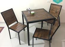 طاولة تفصيل خشب سويدي مع حديد بروفيل