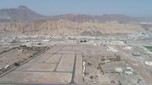 تملك ارض سكني خاص في مصفوت عجمان حوض 3 قريب من الشارع العام وكل الخدمات متواجدة