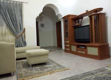 شقة مفروشة للايجار في بن عاشور تشطيب ممتاز دور اول