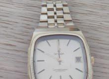 ساعة اوميغا ثمينة للبيع