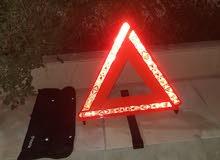 للبيع عاكس مثلث الطوارئ مع المحفظة واتساب 66336801