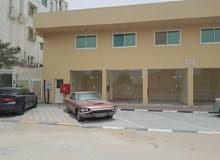 محل للايجار ارتفاع 7 متر في عجمان الروضه 2 شارع مدينة المنورة جنب ليالي بيروت