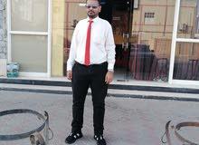 يمني من عدن تخصصه محاسب،،،، باحث عن عمل لاي منشاه،،،،، صناعيه او فنيه او سياحيه