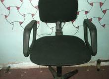 موجود ادوات عياده   وموجود كراسي دواره وكراسي عادي