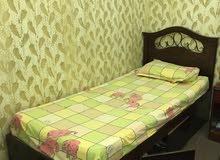 سرير مفرد و 2 كومدينو خشب زان