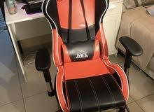 للبيع كرسي قيمنق مستعمل قليل