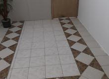 شقق للايجار غرفه وصاله وحمام ومطبخ ويوجد غرفتين