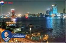 شقة للايجار 300م فيو كامل علي النيل مباشرة الجيزة