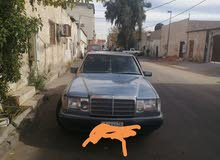 Available for sale! 160,000 - 169,999 km mileage Mercedes Benz E 300 1990