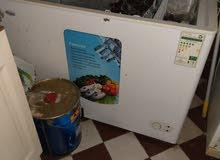 ثلاجة freezer 300 لتر و2  سيلاندر غاز واحد كبير وواحد صغير