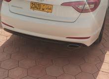 Automatic Hyundai 2015 for sale - Used - Suwaiq city