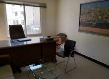 مكتب للبيع في شارع المدينة المنورة بالقرب من مستسفى ابن الهيثم فوق بوظة بكداش