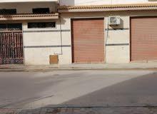 بدروم و محل للايجار
