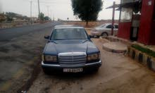 Blue Mercedes Benz 300 SE 1987 for sale