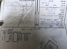 للبيع منزل عربي وفيه حوش قريب من لفة طهوه