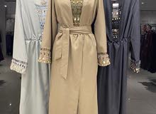 فستان لون لاسود