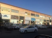 محل ، سرداب ، معرض ، كراج و ورشه لايجار بالشويخ الصناعيه شارع رئيسي