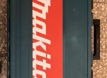 ماكيتا جاك هامر 17 مم 900 وات  كهرباء 220