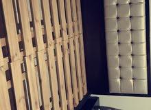غرفة نوم تفصيل خشب زان وخشب لاتيه 18 بحالة ممتازة