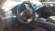 ليكزس سي تي 200 موديل 2012