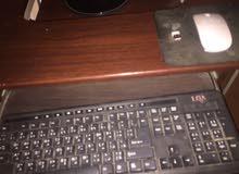 كمبيوتر. للبيع
