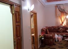 منزل للبيع في منطقة الواحات جالو حي الشرف على شارعين بجوار مدرسة الاعدادية وبال