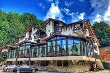 فندق مصنف 4 نجوم في ( رومانيا )  حديث البناء للبيع