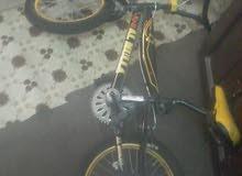 دراجة هوائية مقاس 16  ألوان أصفر مع كفرين مساعدة للأطفال المتعلمين