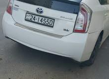 سيارة بريوس تيوتا هايبرد لون ابيض وارد أوروبي 2013