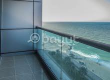 تملك 3 غرف وصالة مع غرفة خادمة وغسيل إطلالة البحر بعجمان
