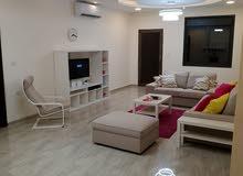 شقة مستقلة مفروشة فاخرة للإيجار مساحة 200م حي الراهبات قرب مسجد ابو دلو