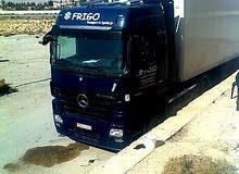 شاحنة آكتروس امبي 2 ممتازة خالية جوا برا