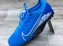 حذاء رياضي Adidas الاصلي