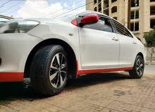 سيارة ياريس 2008 جير توماتيك إقتصادي ةخليجي مستخدم نظيف قوي طاوات كروم شاشه لمس