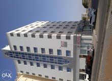 تقديم خدمات صيانة المباني