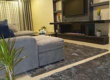 شقة مميزة جدا جدا فقط لاصحاب الذوق الرفيع في منطقة خلدا بسعر مميز