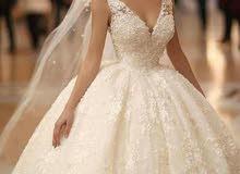 فستان من اجمل وارقى الموديلات