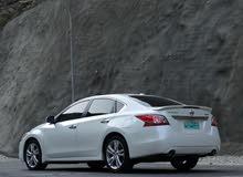 Nissan Altima car for sale 2013 in Rustaq city