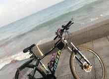 دراجات هوائية جبلية مع كل اكسسوارات