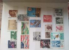 نشتري الطوابع البريدية القديمة