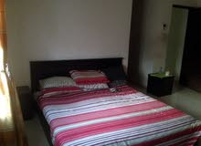 Al Qurm - Large room (furnished) available