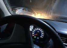 سائق يمني اابحث عن توصيل موضفات