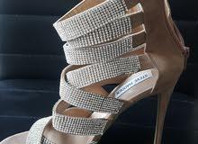 حذاء نسائي قياس 37ونص جديد